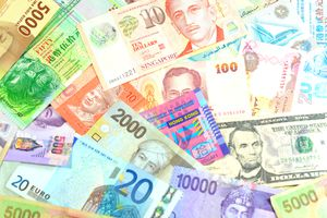 Foreign Currency bills laid out