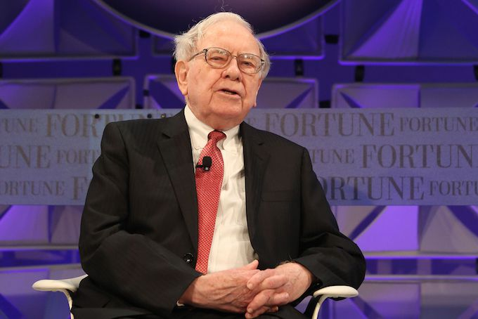 Buffett's $100 Billion Bet on Financial Stocks Even As Economy Lags