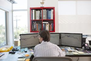 Day trading can be complicated and risky