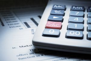 A Calculator on Chart of Financial Analysis and Graphs