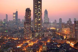 image of Mumbai skyline at dusk