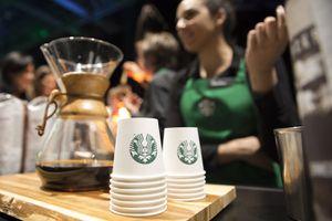 Us-Shareholder-Economy-Starbucks