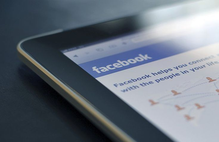 Why Facebook Is The Biggest Threat To Google's Ad-Revenue Throne (FB