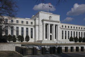 Federal Reserve--horizontal