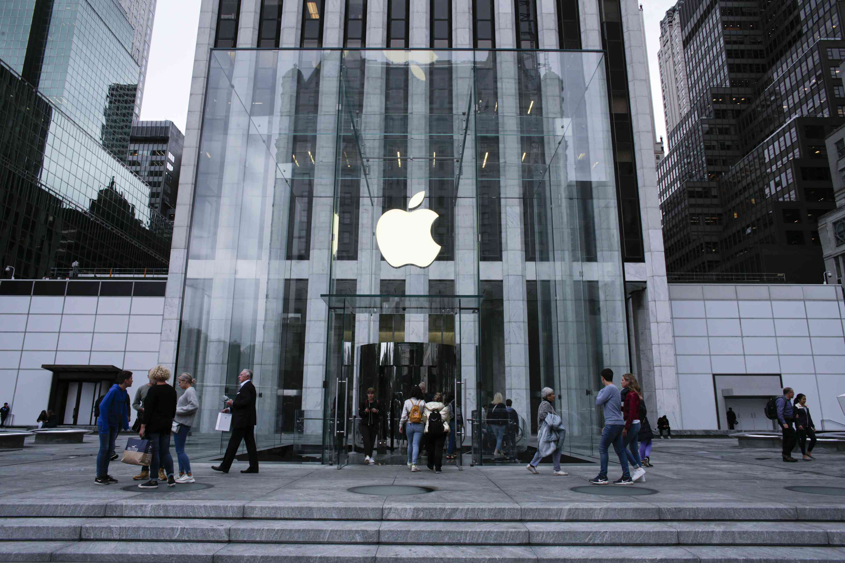 1 share of apple ipo worth now