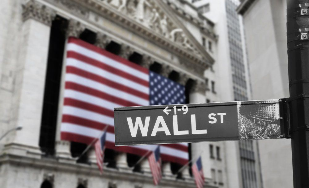 How to Land a Wall Street Job Out of College