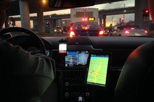 Inside car of San Francisco Uber driver, screen visible