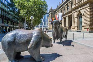 Bull and bear at Frankfurt stock exchange.