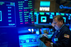 Markets Open In New York After A Volatile Week