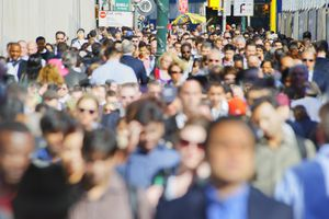 Crowded streets of NYC to represent growing popualtion