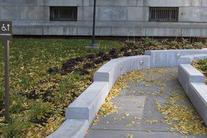Wheelchair ramp at Minneapolis Federal Building, Minneapolis, Minnesota