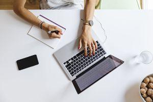 Using laptop to study