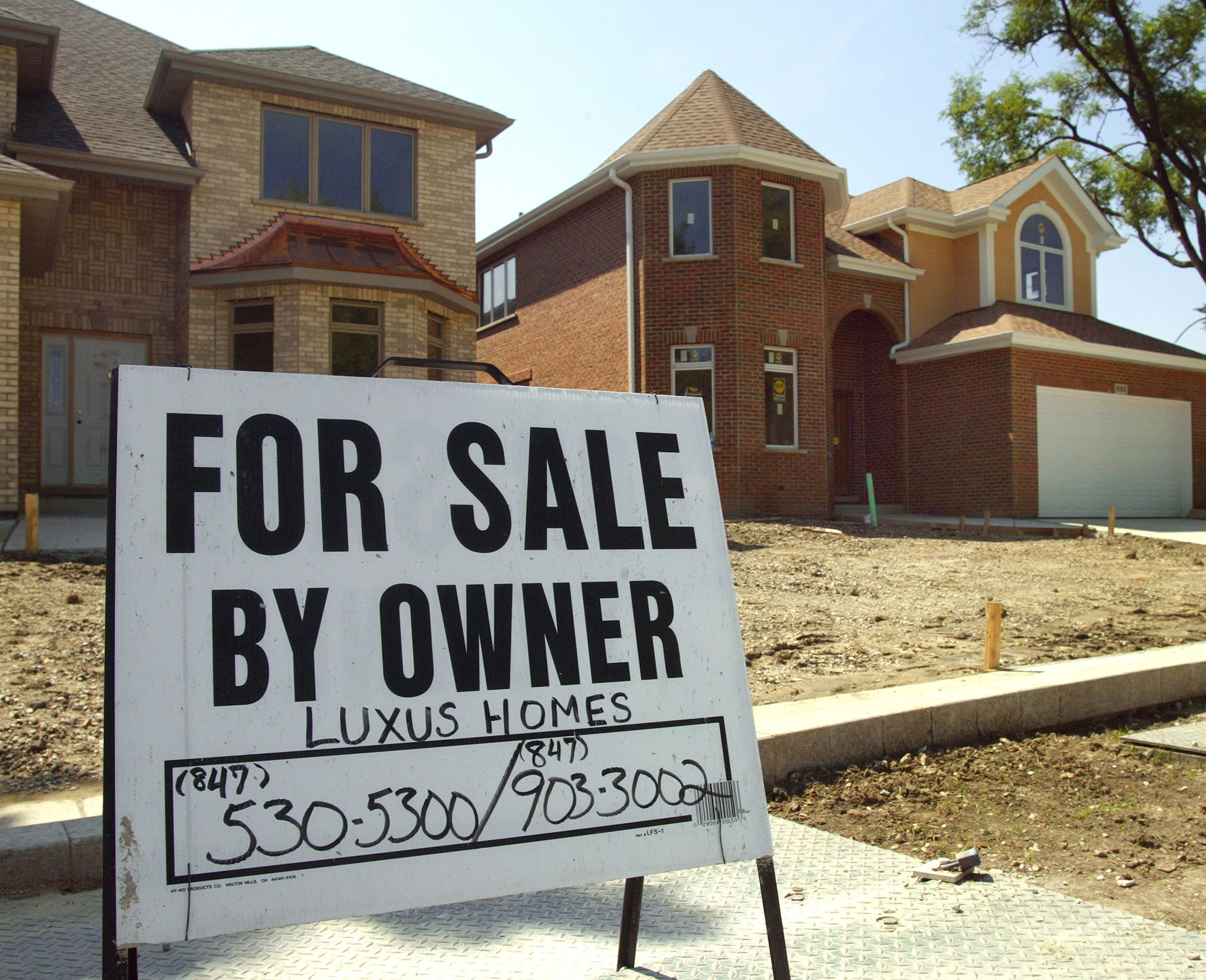 About Sell To Investor Or List On Mls? - Buyers of Charlotte.com - We Buy Houses Cash - Huntersville NC
