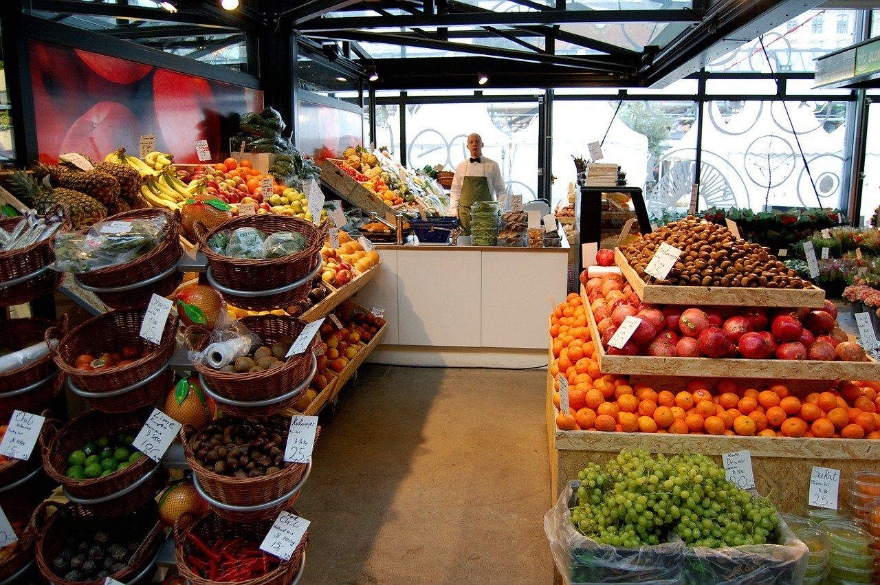 The Best 5 Grocery Companies To Work For (WFM, COST)