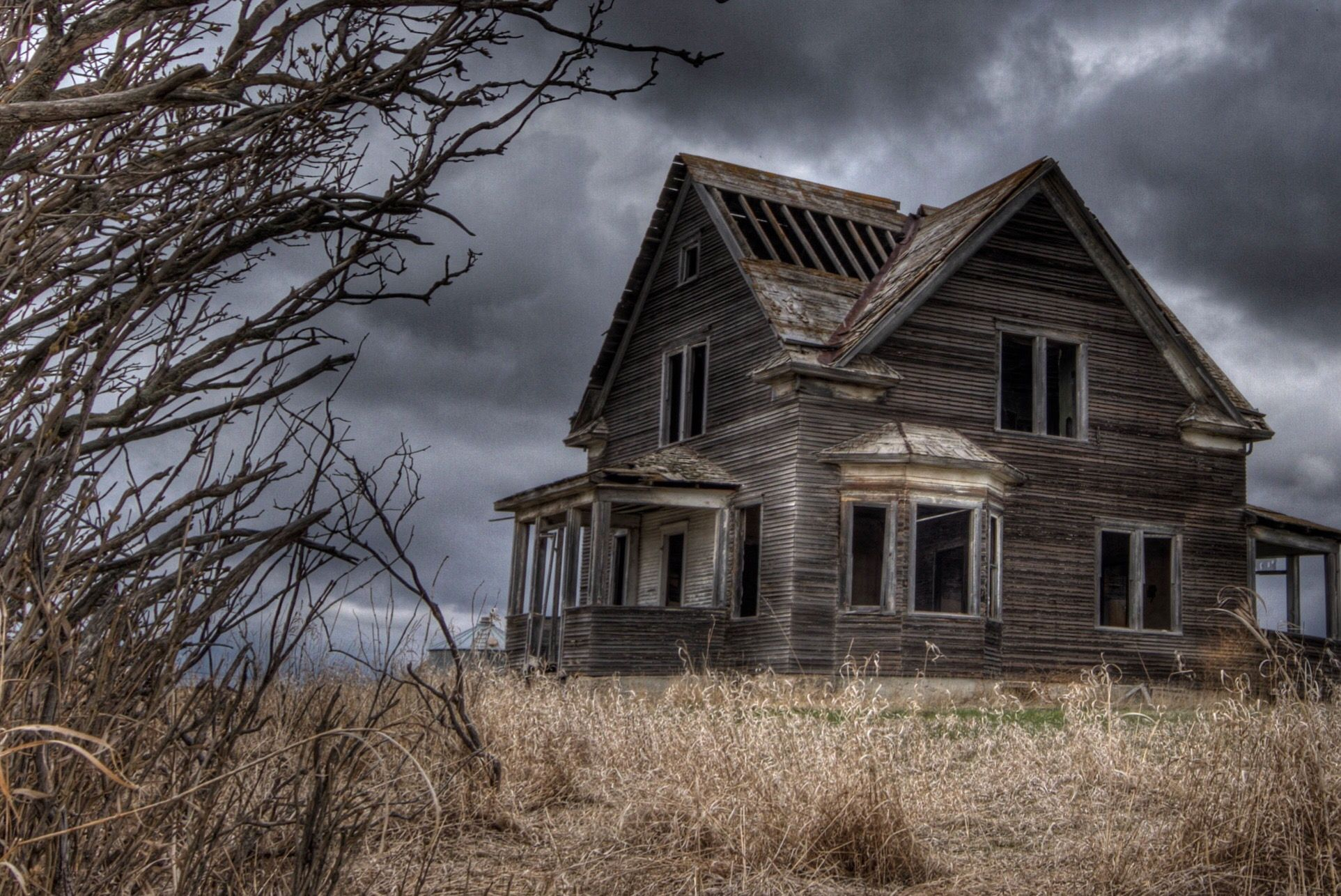4 Haunted Houses and What They're Worth