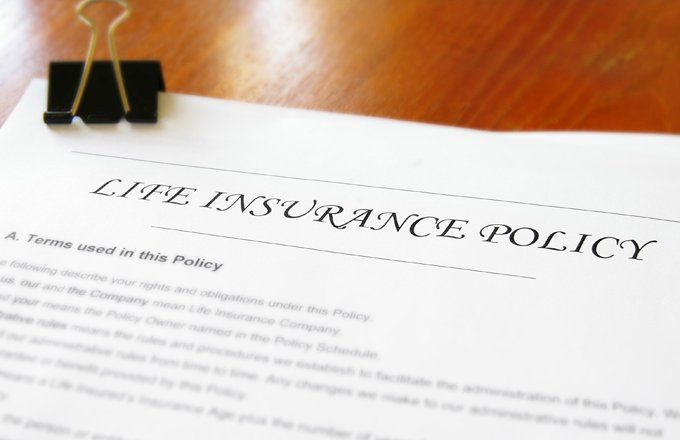 How to Compare Permanent Life Insurance Policies