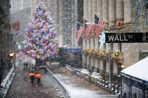 Christmas Wall Street.