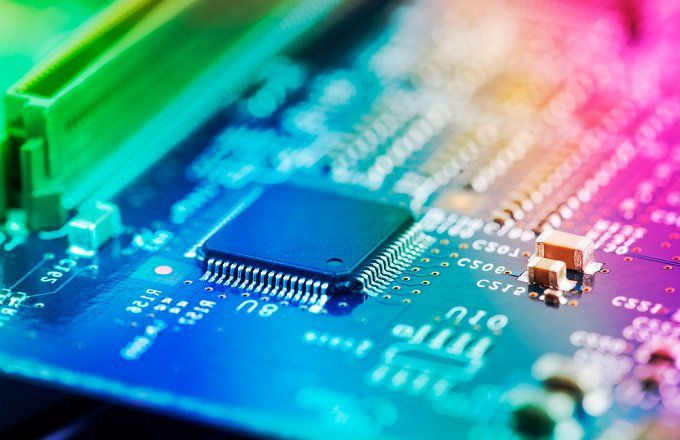 Oversold Chip Stocks Could Squeeze Complacent Sellers