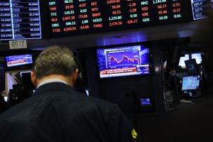U.S. Markets Plunge 450 Points One Day After Steep Downturn Led By Tech Stocks