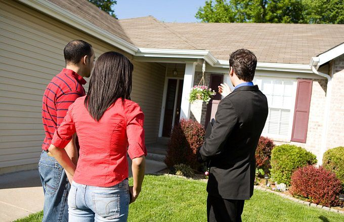 Do Real Estate Agents Need A Degree