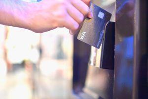 Visa Amazon Prime credit card being used