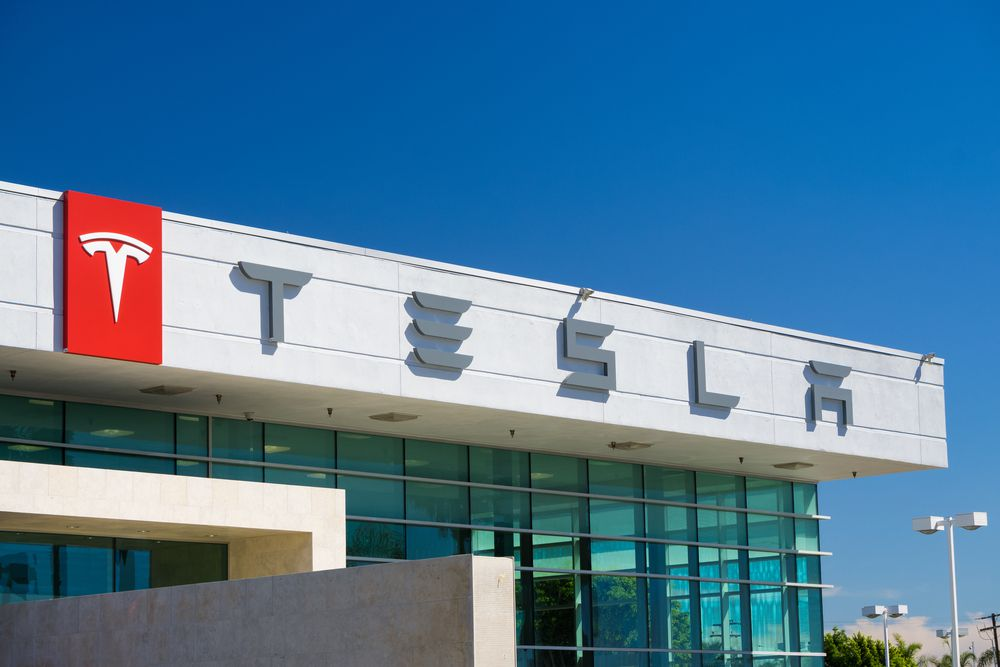 Tesla to Fall Further After Morgan Stanley Cuts Bear Case to $10