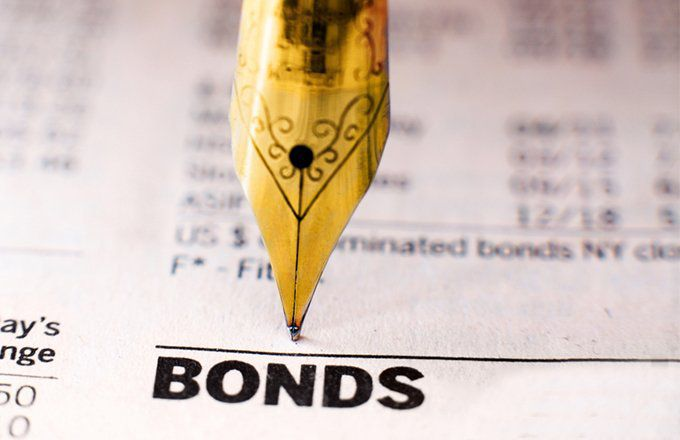 Cash vs  Bonds: What's the Difference?