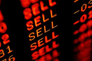 stock market crash sell-off - trading screen in red