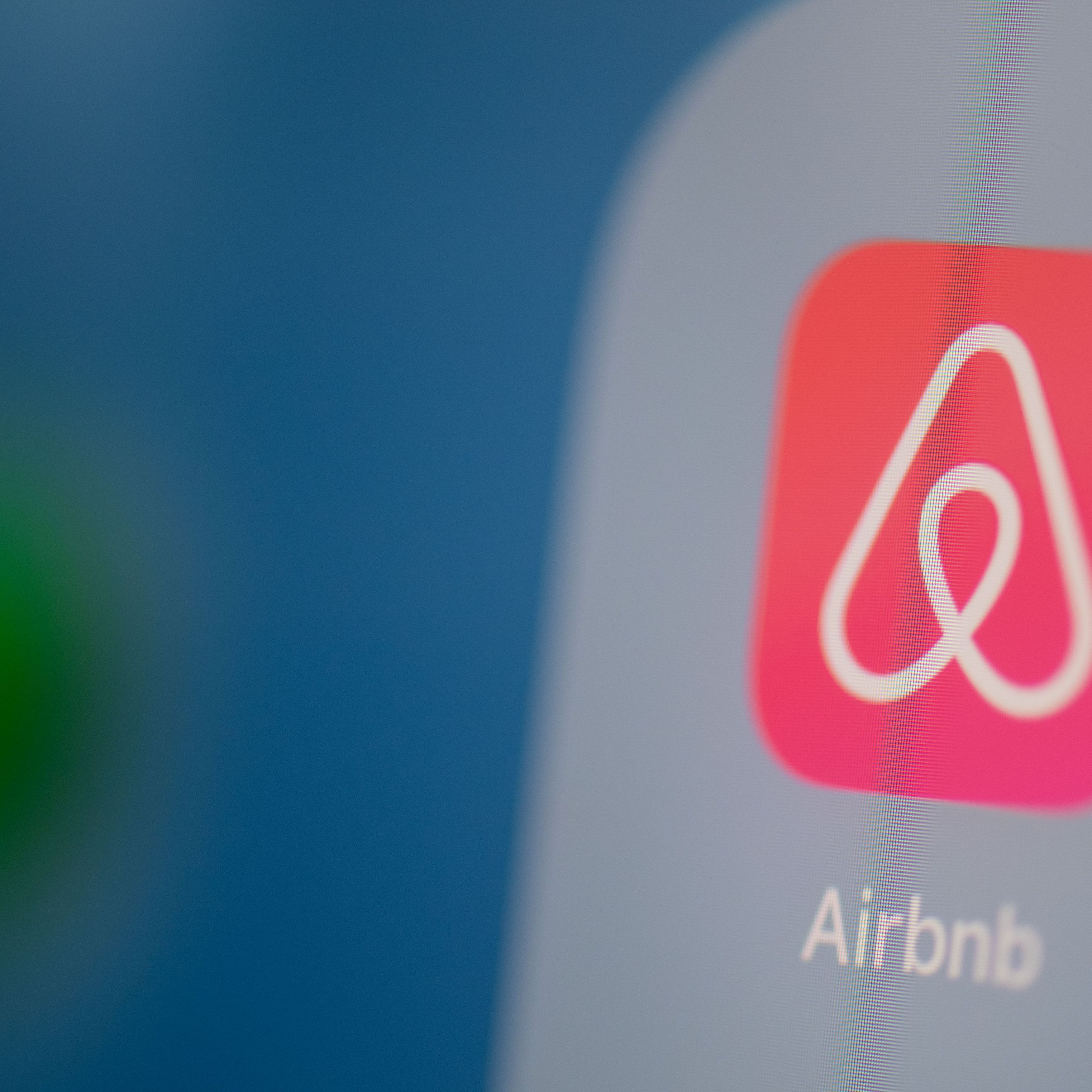 Investors: 5 Best and Worst Cities for Airbnb Renting