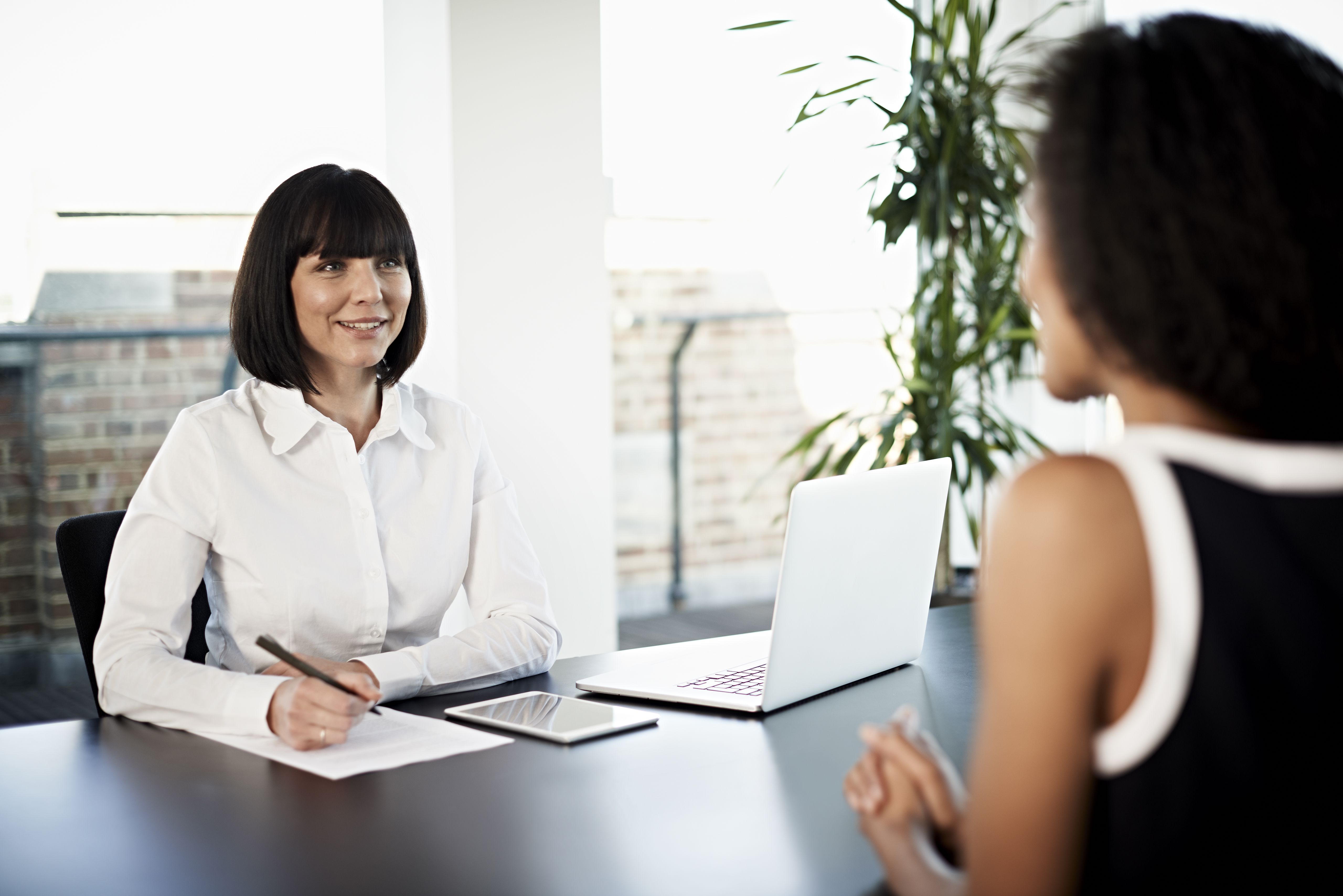 How to Write a Financial Analyst Cover Letter