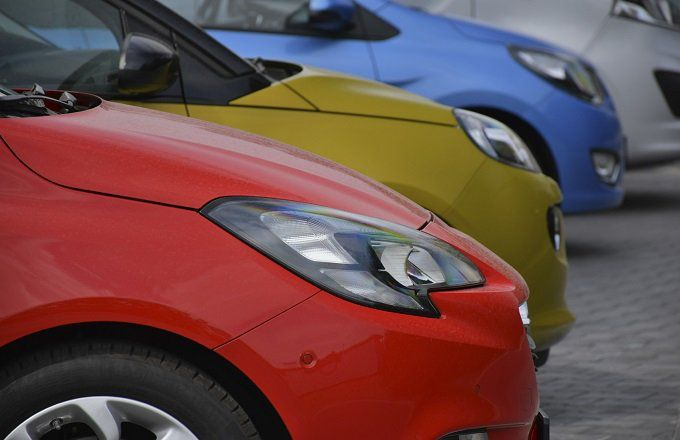Should Retirees Buy Or Lease Cars?