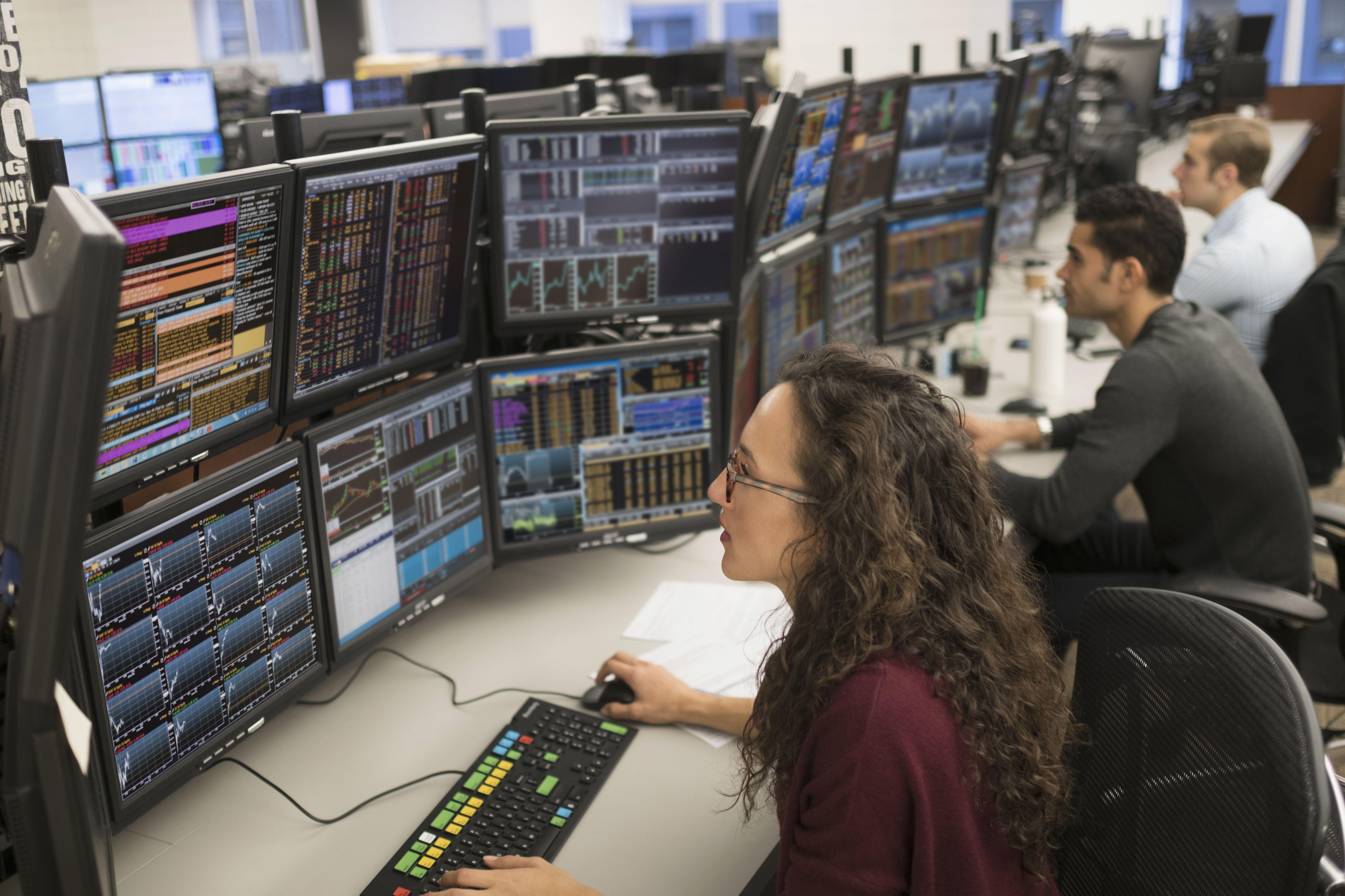 Wealth options broker platform