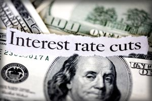 Interest rate cuts and United States one hundred dollar bill