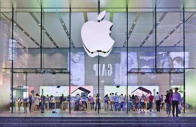 Samsung vs. Apple: Comparing Business Models