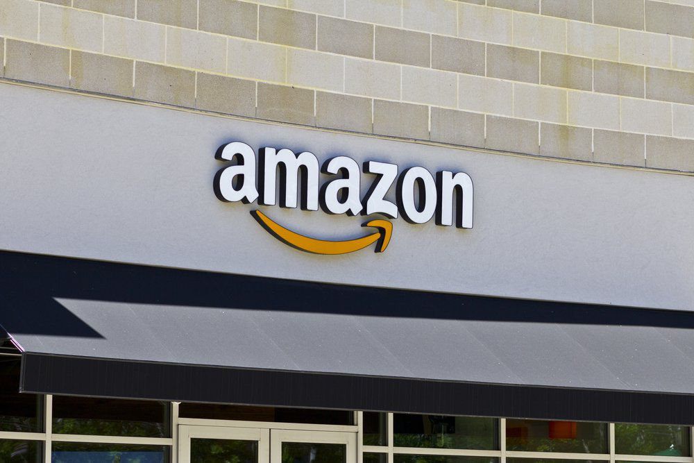 Amazon Hires Famed Cardiologist for Health Care Push