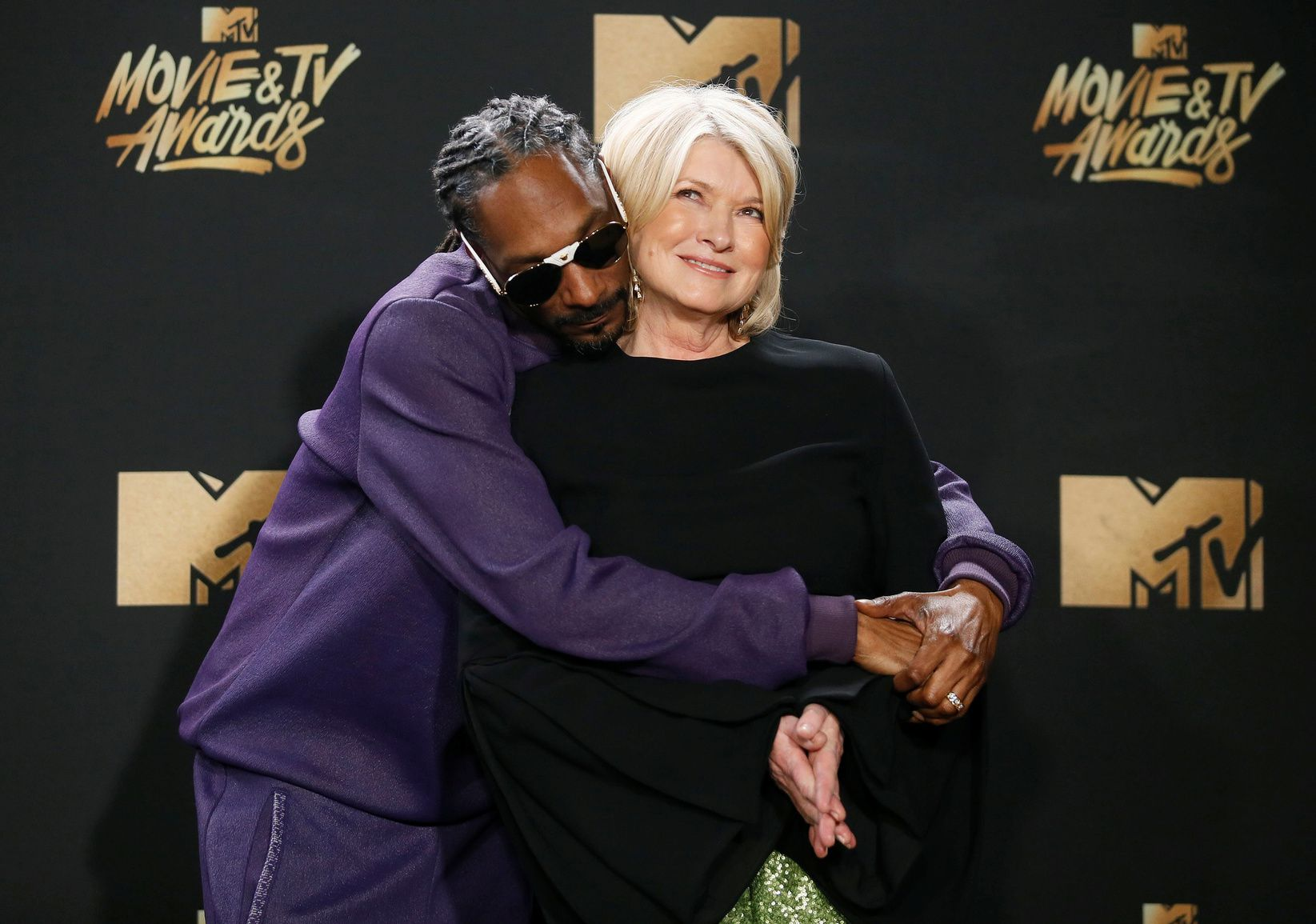 Martha Stewart Aligns with Canopy Growth in New CBD Partnership