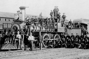 Photograph of soldiers with guns on train during 1894 Pullman Strike