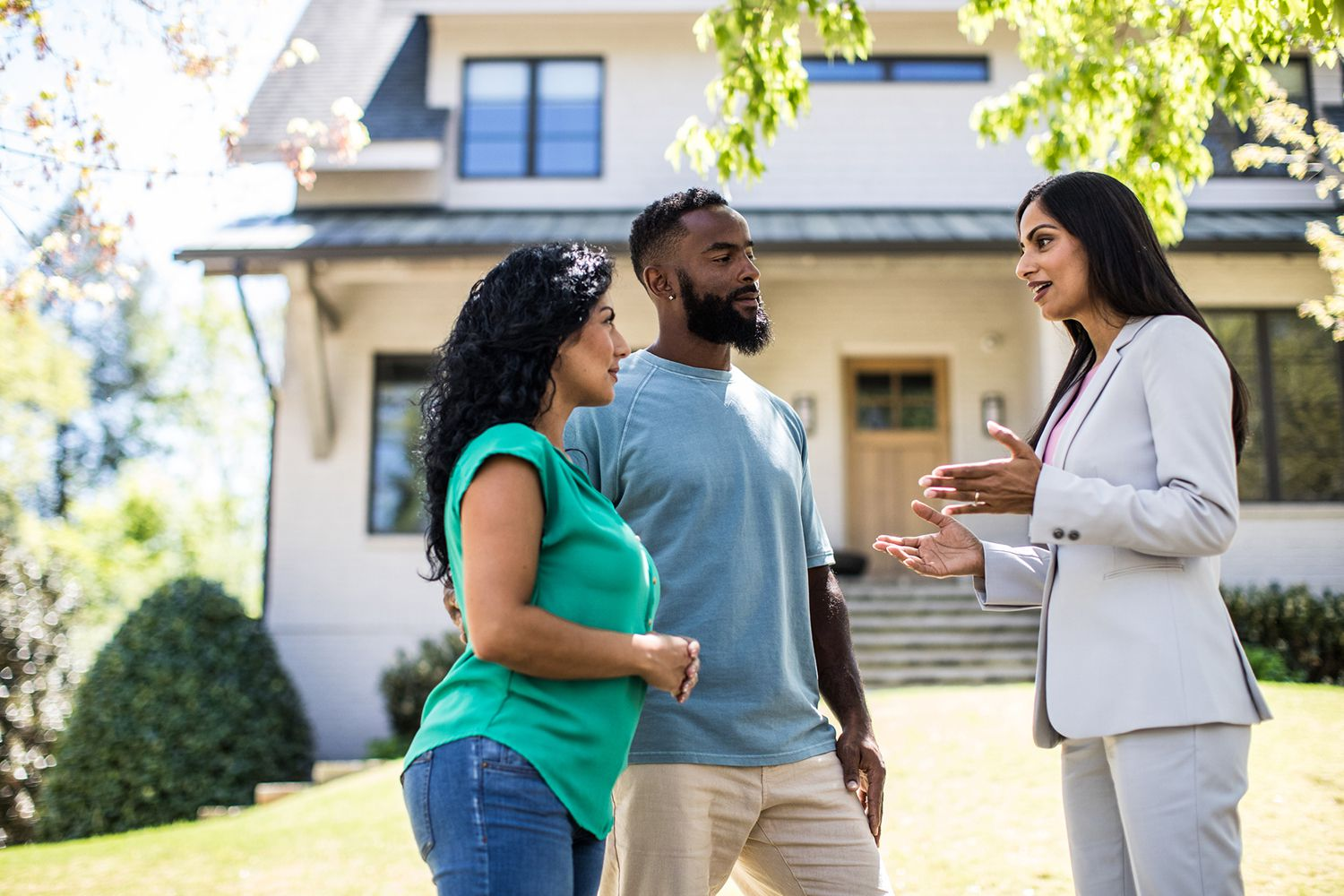 How to Choose the Right Real Estate Broker