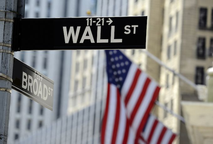 U.S. Banks Dominate After 2008 Crisis Amid Uncertain Growth Outlook