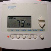 A picture of a programmable thermostat