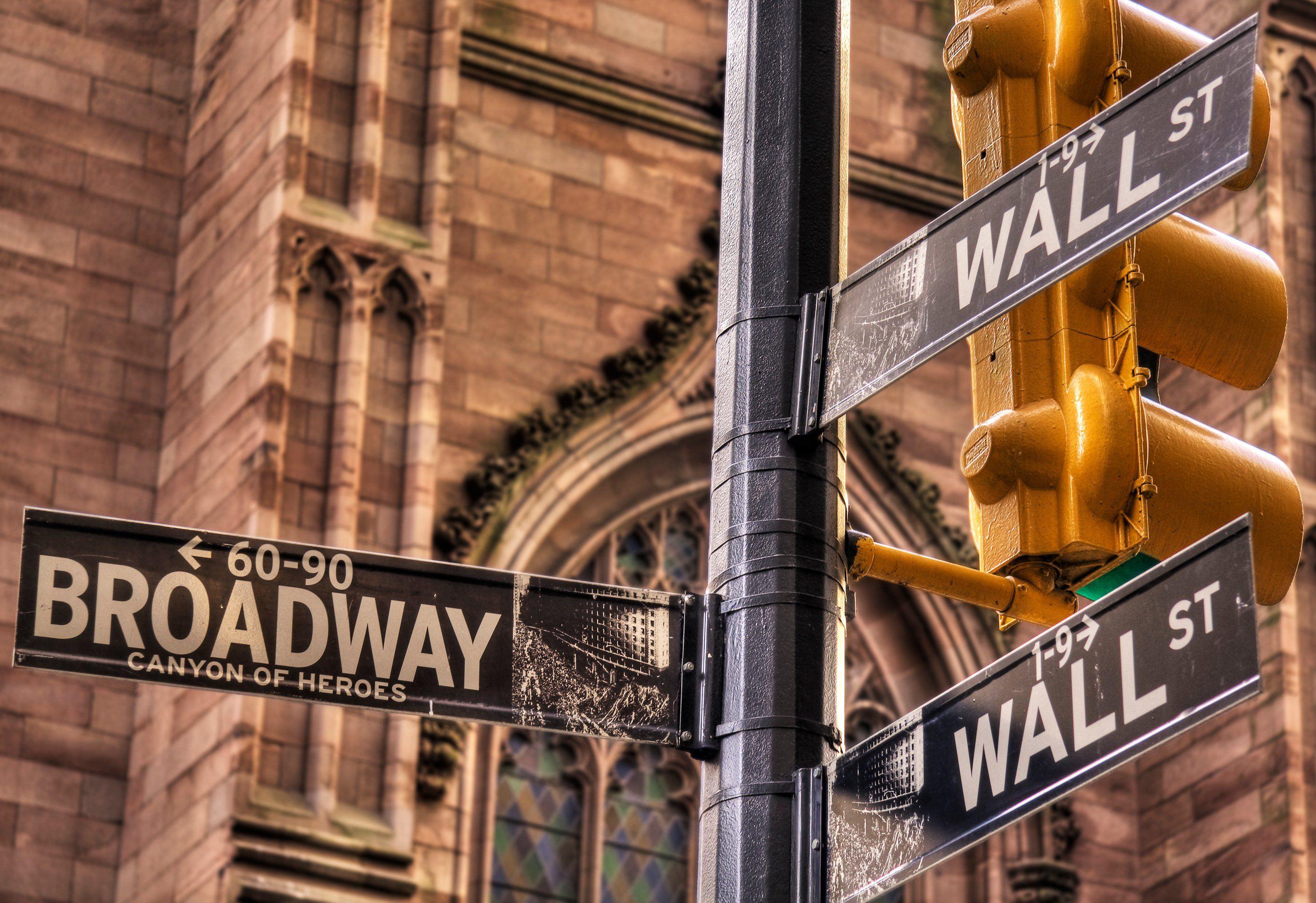 4 Ways to Trade Options