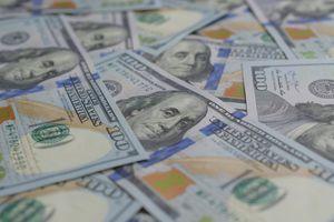 US dollar bank notes.