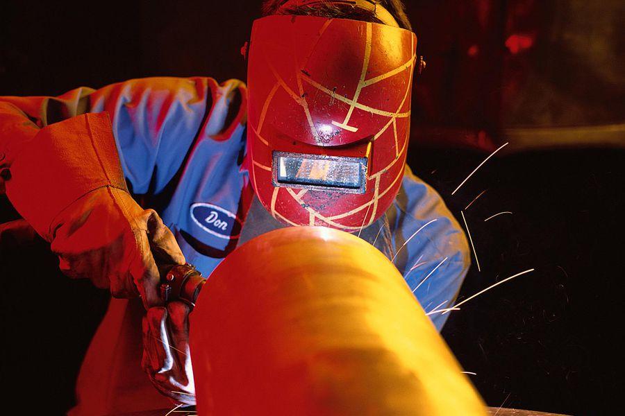 manufacturing-job-welder.jpg