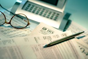 IRS tax forms and calculator