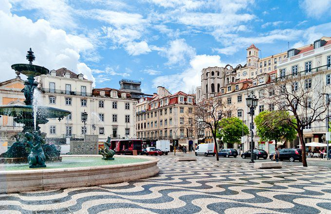Can I Retire In Portugal With $200,000 of Savings?
