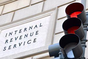 Internal Revenue Service building, with stop light